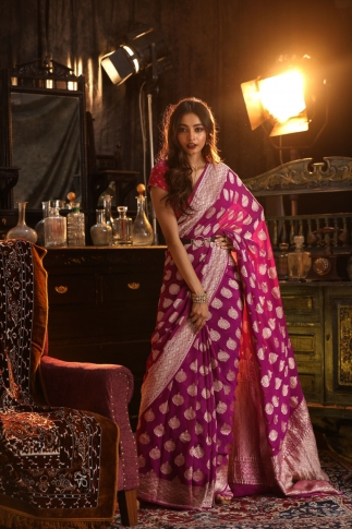 Purple Colour Pure Silk Chiffon Saree With Floral Work 1