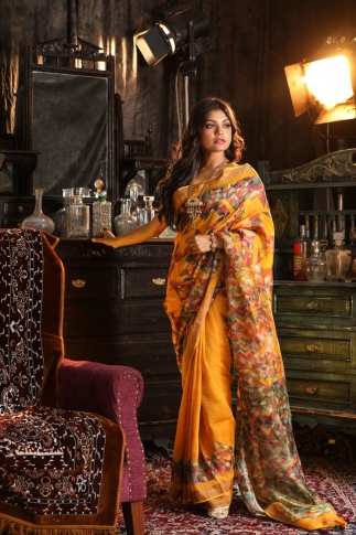 Fine quality Silk Linen Digital Print Saree