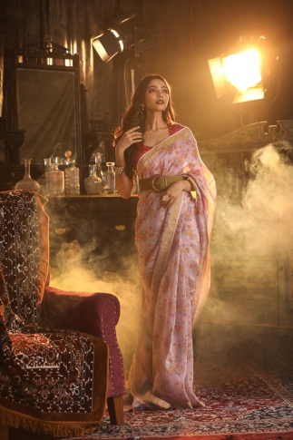 Fine Quality Silk Linen Pink With Multicolour Digital Print Saree 1