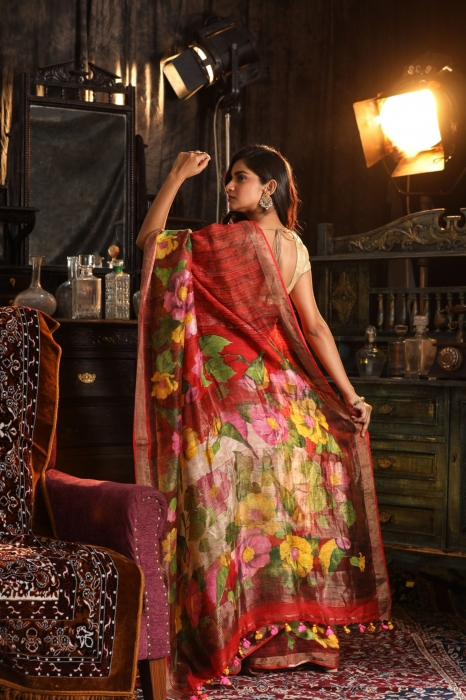 Fine Quality Silk Linen Red With Multicolour Digital Print Saree 2