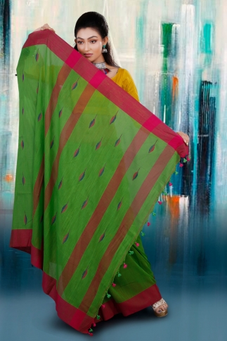 Green and Rani Border Hand Woven Pure Cotton Saree With Blouse Piece 2