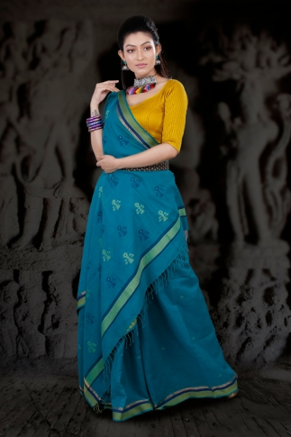 Blue Hand Woven Pure Cotton Saree With Green Border