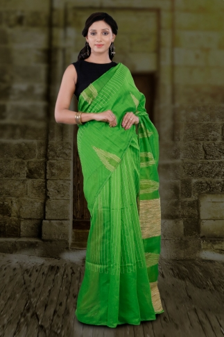 Green Hand Woven Blended Cotton Saree With Ghicha Work
