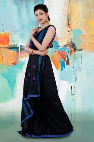Black Bengal Hand Woven Saree With Blue Border 1