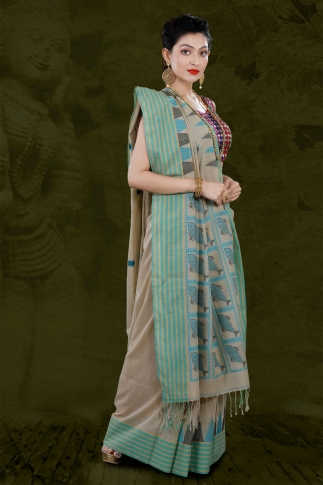Beige Bengal Hand Woven Saree With Striped Border