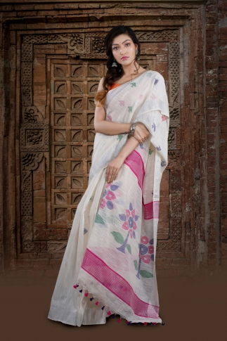 White Bengal Hand Woven Saree With Floral Pallu