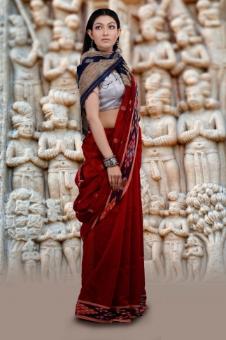 Dark Red Hand Woven Blended Cotton Saree