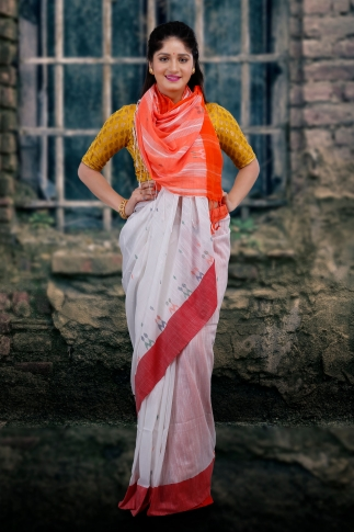 White With Red and Orange Pallu Hand Woven Pure Cotton Saree Fabricated on Pure Cotton 1