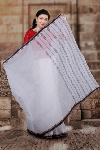 Hand Woven Bengal Tant Tangail White and Black Pure Cotton Saree 2