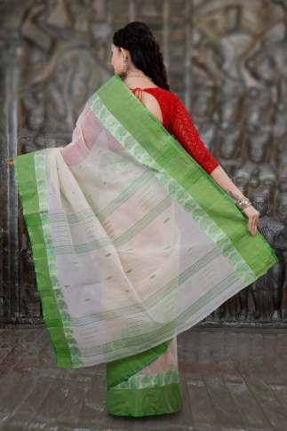 Hand Woven Bengal Tant Tangail White and Light Green Pure Cotton Saree 2