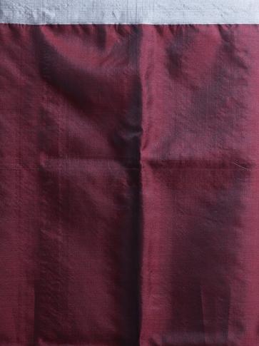 Maroon Hand woven Silk Saree With Woven Pallu 2