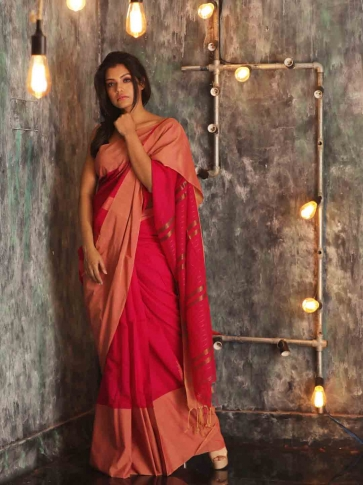 Fuchsia Hand woven Blended Cotton Saree With Broad Border 0