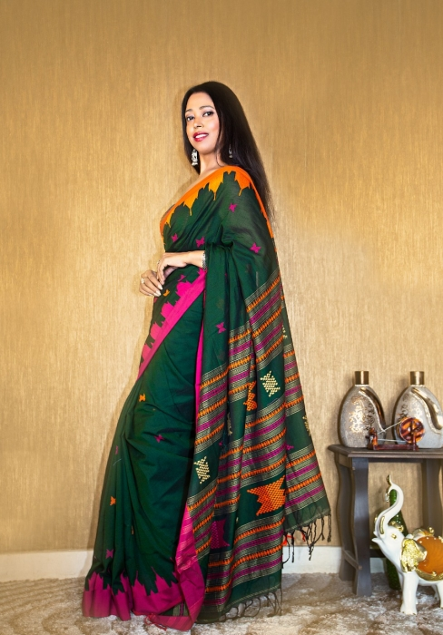 Bottle Green Pure Cotton hand woven saree with temple border 1