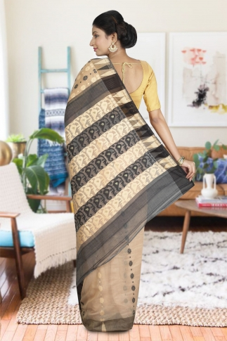 Beige and Black Hand Woven Dhakai Jamdani saree without Blouse 2