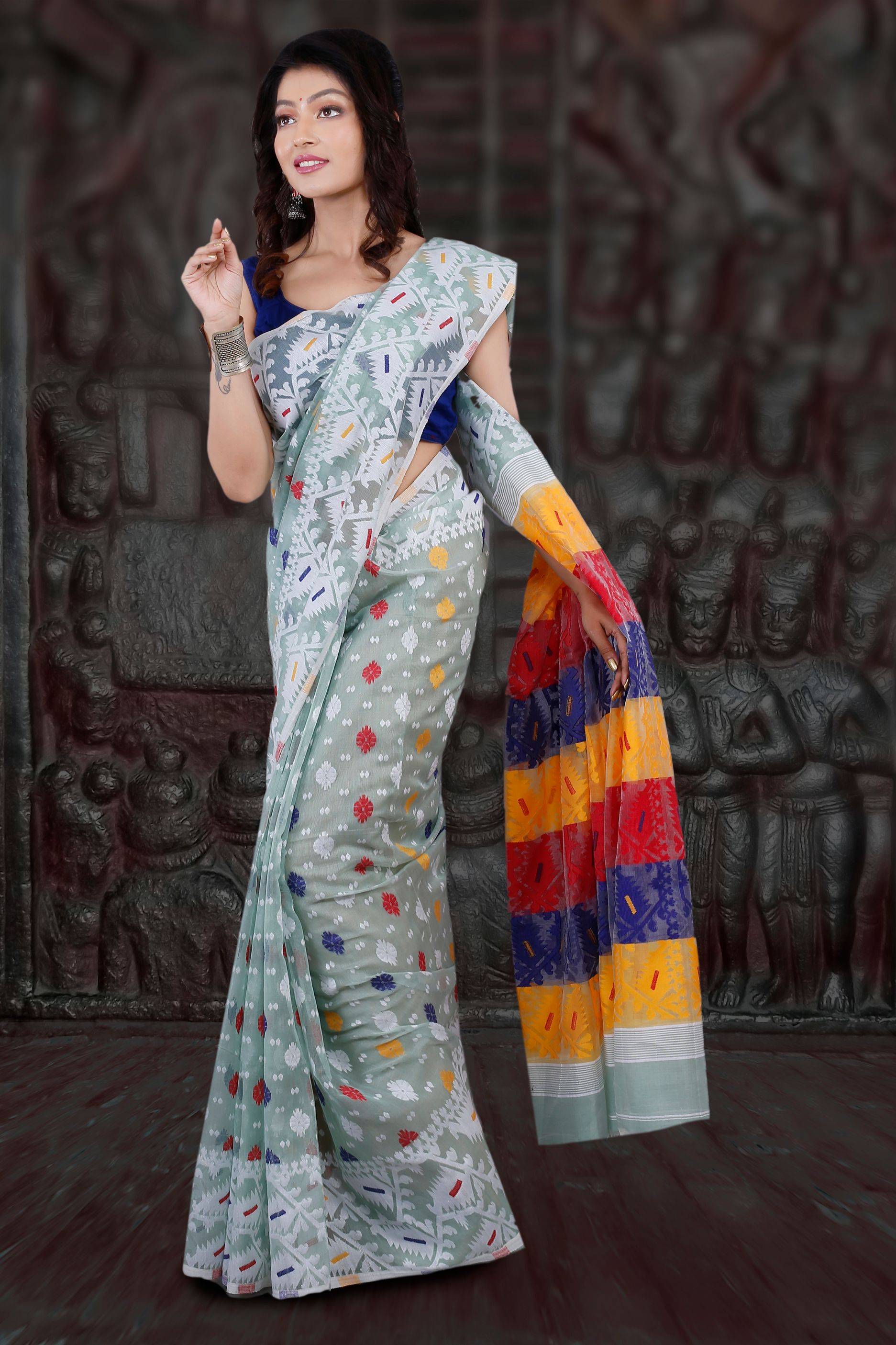 Light See Green Hand Woven Blended Cotton Jamdani Saree