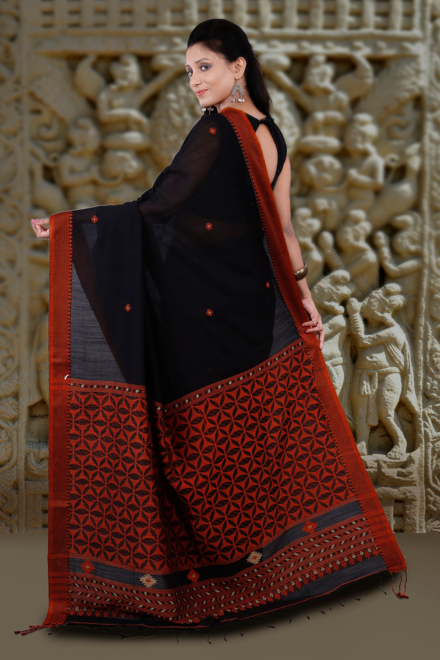 Black and Orange Hand Woven Blended Cotton Saree 2