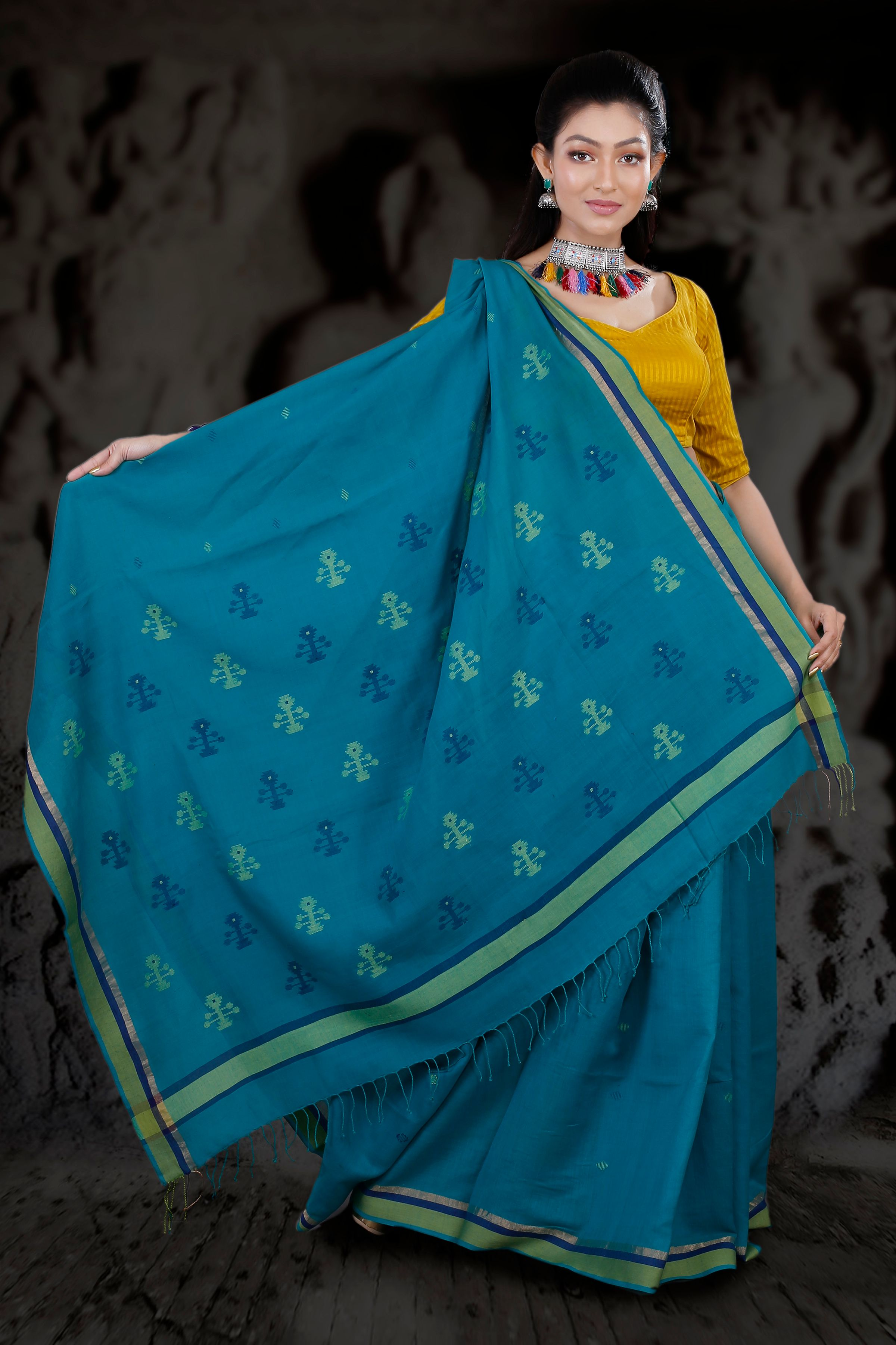 Blue Hand Woven Pure Cotton Saree With Green Border 2