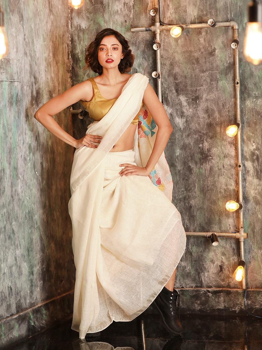White Hand woven Linen Saree With Zamdani Weave