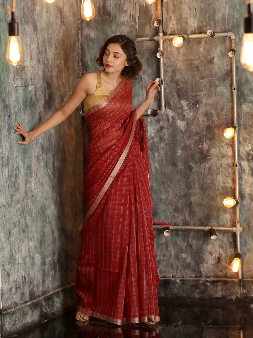 Maroon Hand woven Pure Cotton Saree With Zari