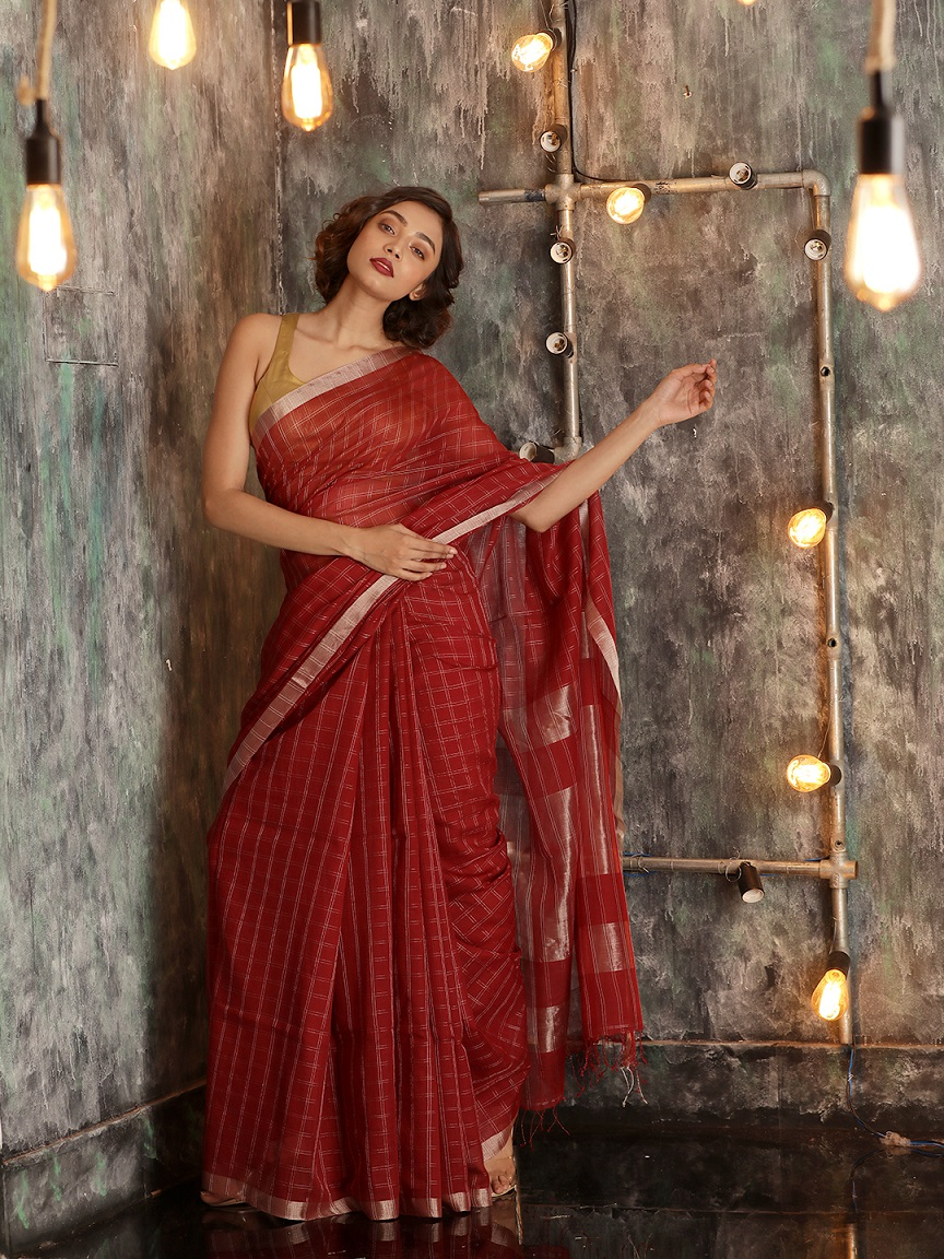 Maroon Hand woven Pure Cotton Saree With Zari 0